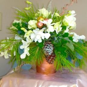Christmas Pine cone arrangement